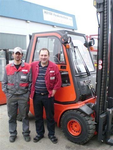 Josef Meyer sen. & jun. mit neuem LINDE H30D-05