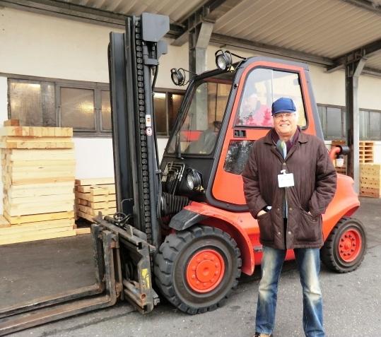 Für Fa. LANG-Landtechnik haben wir noch Ende Dezember 2012 einen sehr guten 352er LINDE liefern können