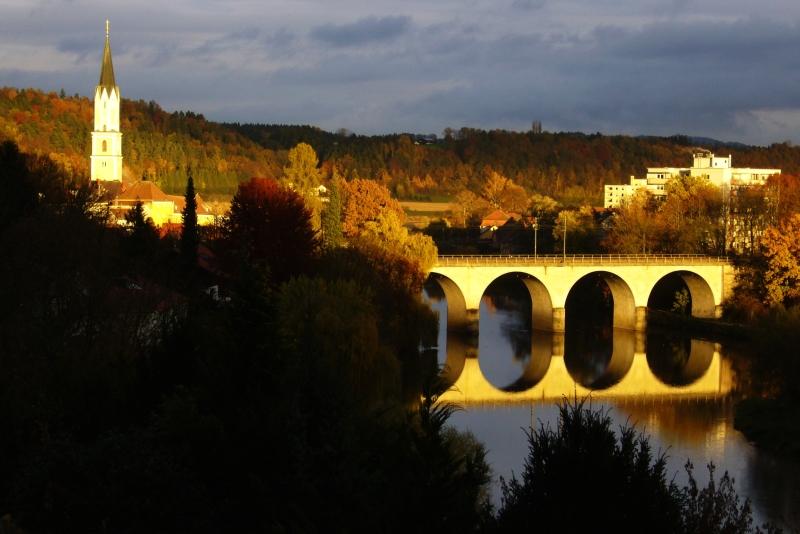 Eisenbahnbrücke über die Vils. Foto: Franz Seidl