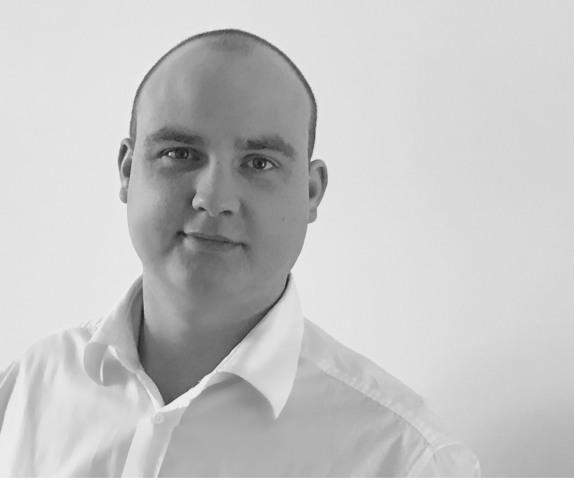 Philipp Schneider - E&W Stapler Technik
